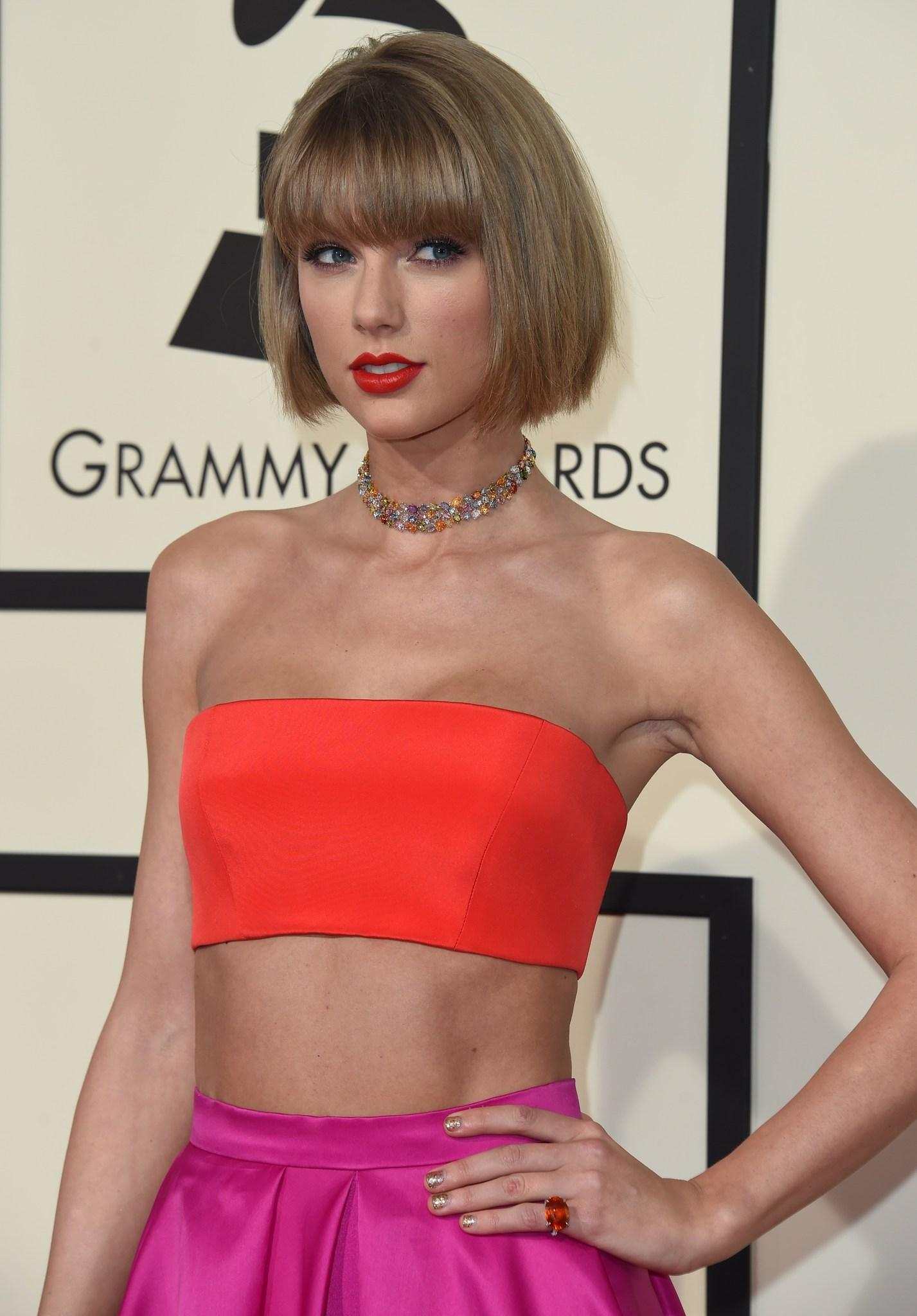 The 2016 Grammy Awards are Here: Live Blog