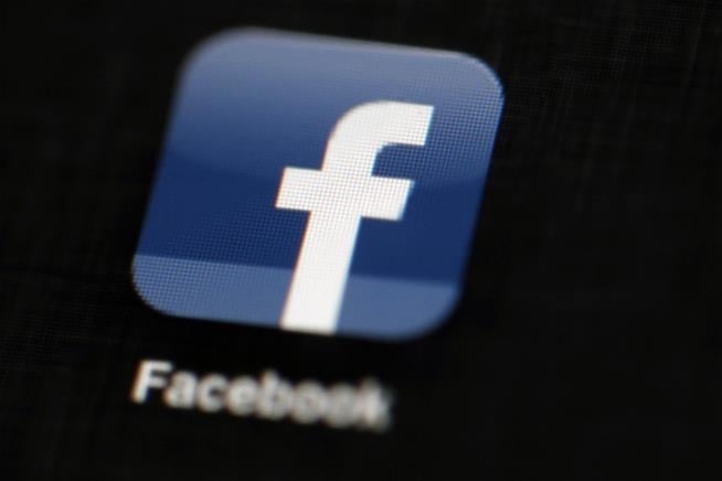 Is it time to start worrying about Facebook ?
