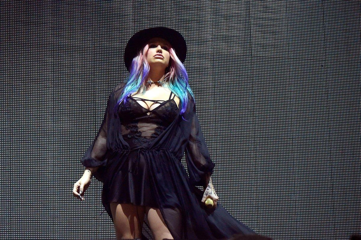 Dr. Luke caves will allow Kesha to perform at the Billboard Music Awards