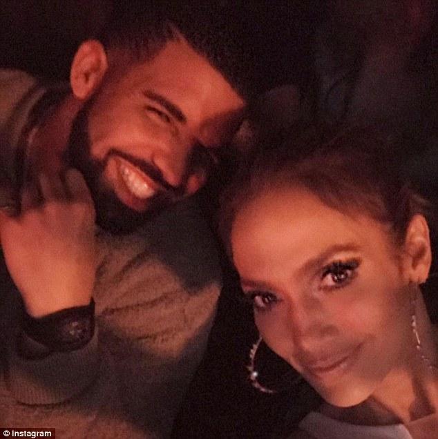Report: Jennifer Lopez is dating rapper DRAKE