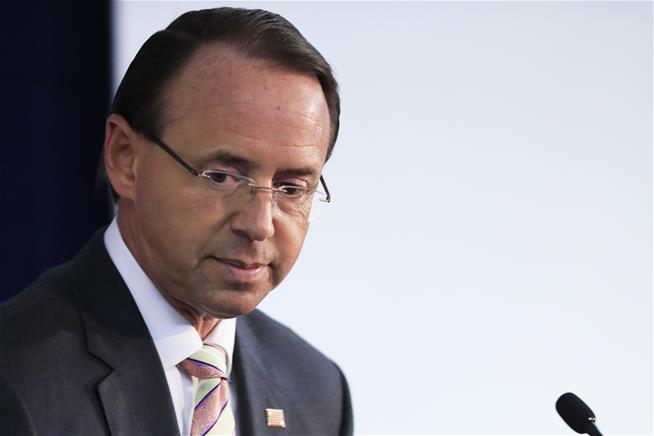 Report:  Rosenstein reportedly tried to oust President Trump